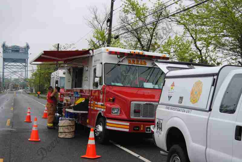 MVC WITH TANKER VS. SUV CRASH – INCIDENT BECOMES A HAZ MAT RECOVERY – REHAB 13 CALLED FOR SCENE SUPPORT IN WEST DEPTFORD