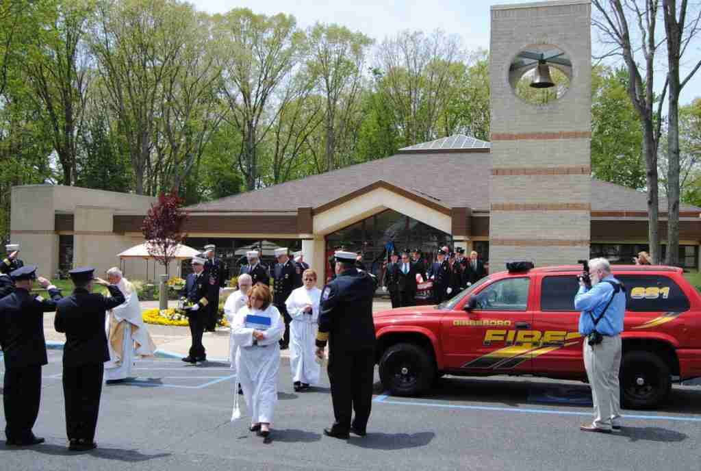 FUNERAL FOR FIREFIGHTER WILLIAM GERACE – GIBBSBORO FIRE COMPANY – LODD – REHAB 13 PROVIDED SUPPORT AT THE FUNERAL