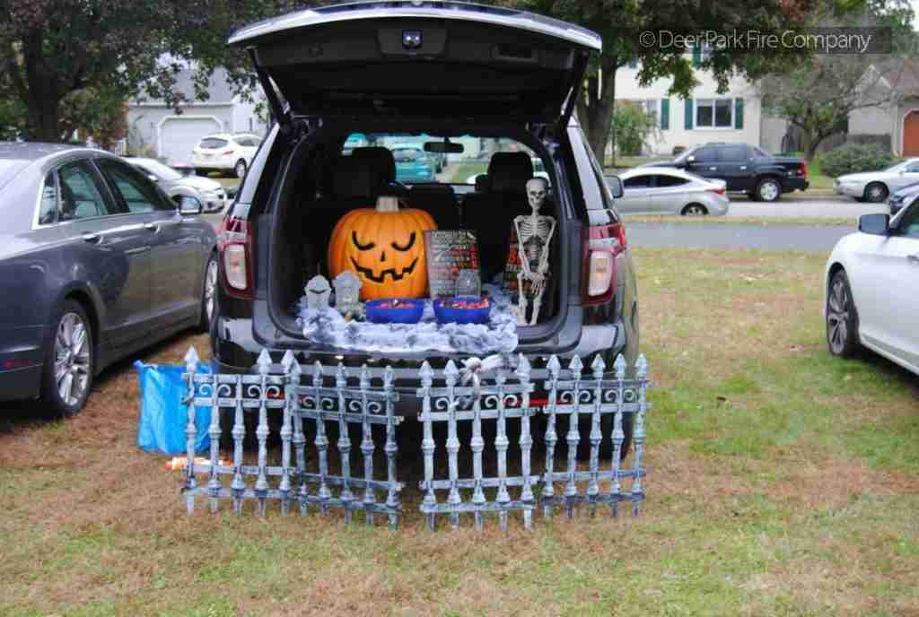 0CT0BER 28 2018 – GLOUCESTER TOWNSHIP HOSTS A TRUNK OR TREAT EVENT AT THEIR VETERANS PARK – REHAB 13 REQUESTED TO ASSIST